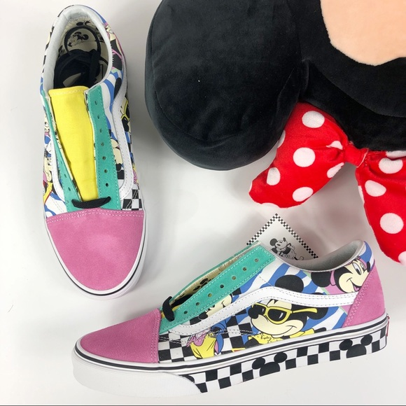 41f2a3b7c38 Disney X Vans Mickey retro Old Skool shoes